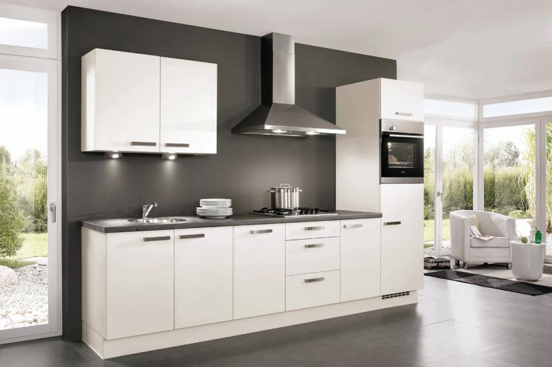 Uptown witte keuken witte keukens qasa - Eigentijdse keuken grijs ...